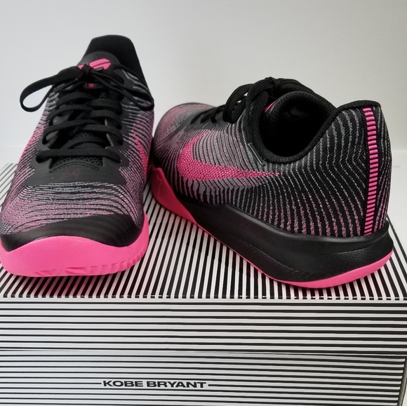 buy popular 91b22 a922a ... Nike Kobe Mentality 2 Basketball Shoe Mens 8.5 ...